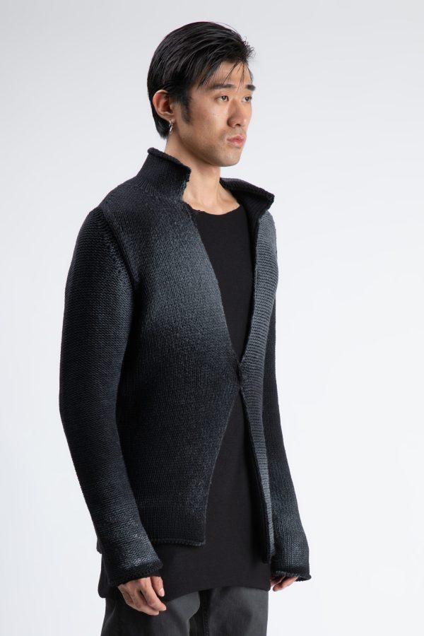 cardigan in umbre fabricat din lana si semnat A.M.Couture