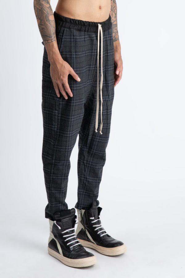 pantalon scotian gri cu dungi