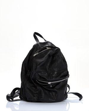 rucsac negru din piele produs de A.M.Couture